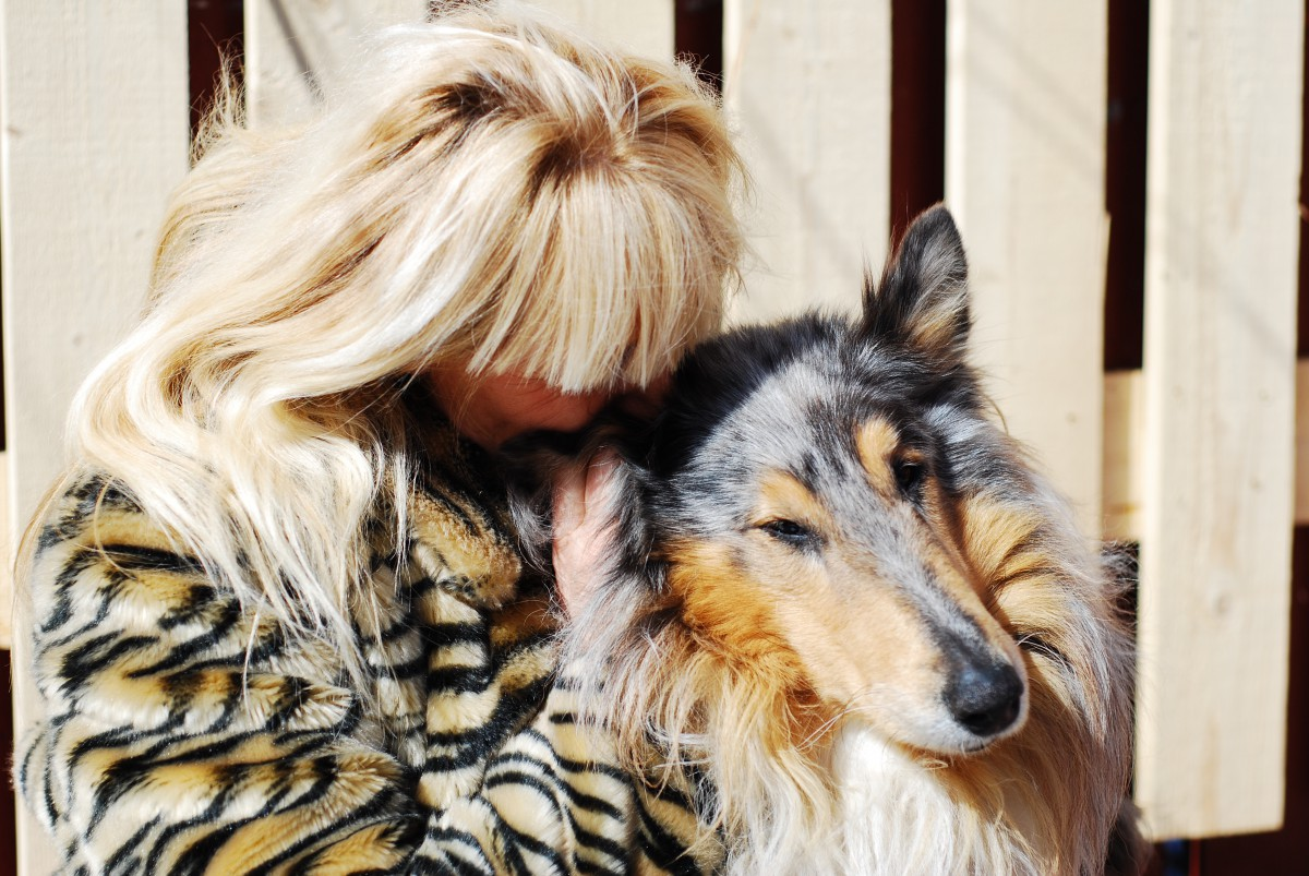 Love och Lena stjärnöga djurkommunikation